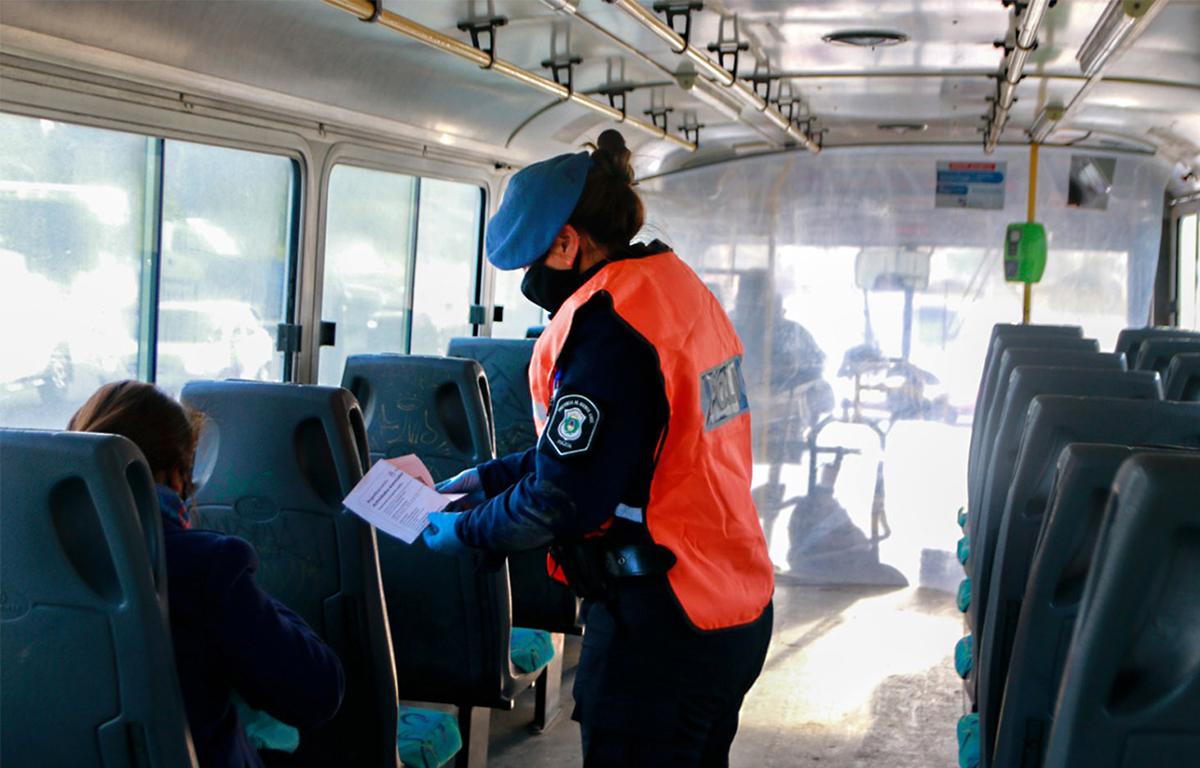 Controles en transporte público