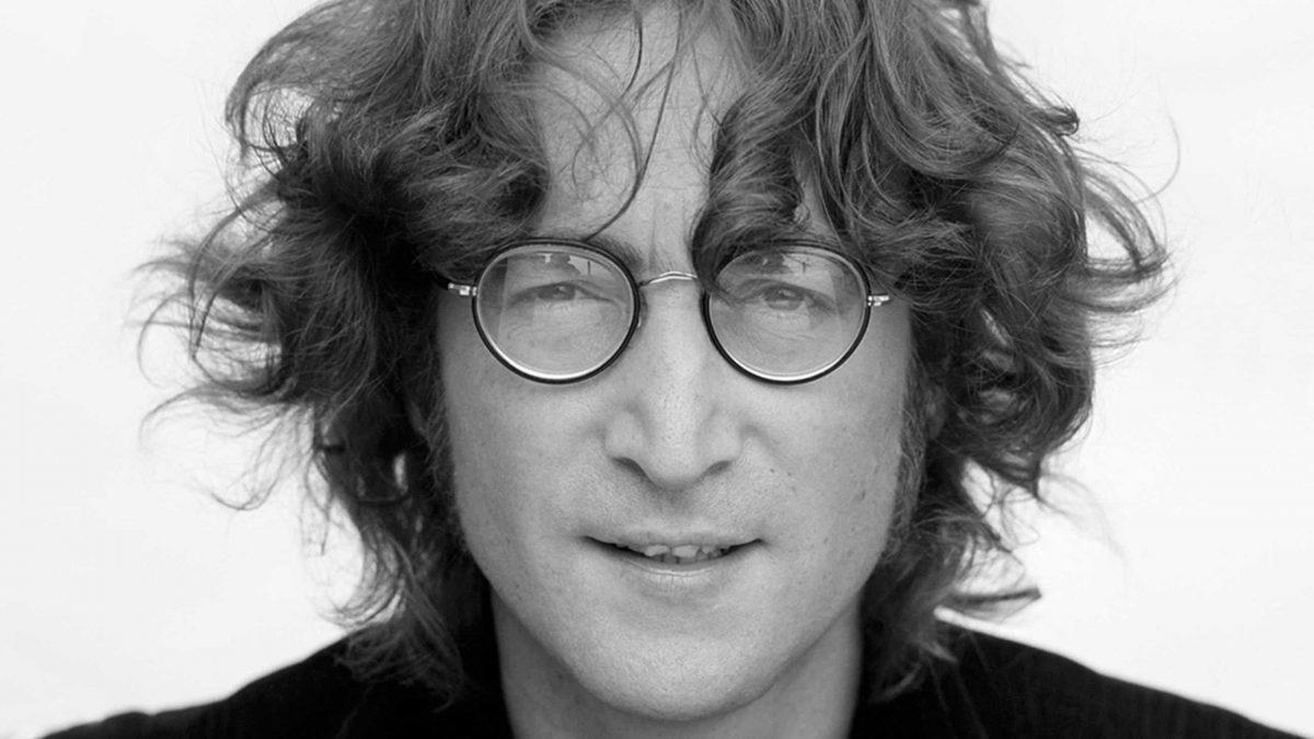 A 80 años de John Lennon: su triste infancia, los excesos y las drogas en  la cama junto a Yoko Ono - El Intransigente