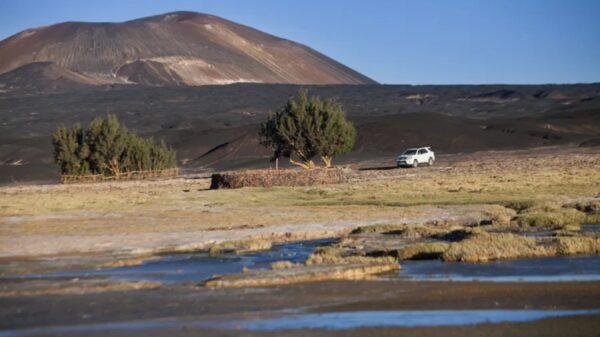 Volcán Carachi Pampa