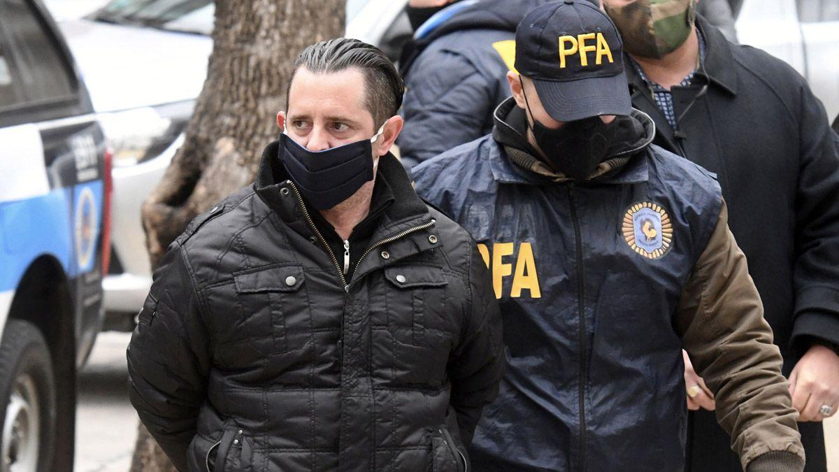 Espionaje ilegal