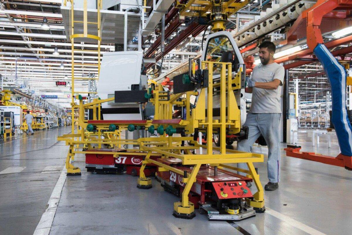 La utilización de la capacidad instalada de la industria aumentó al 60,8% -  El Intransigente