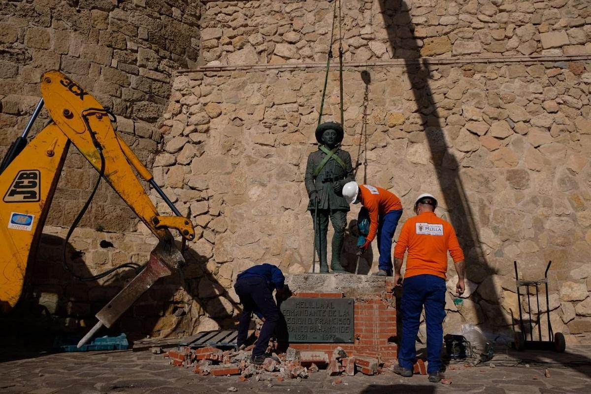 Estatua Franco