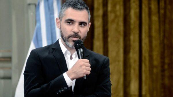 El funcionario comparó el programa económico que desarrolló Macri con el de la dictadura