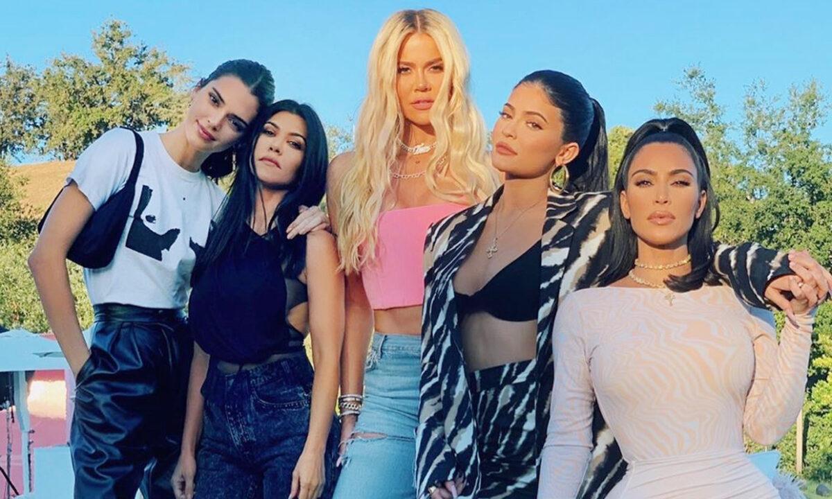 Khloe-Kardashian-20-e1617191939479