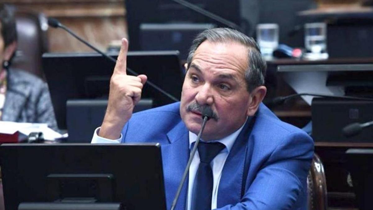 Involucran al senador del PJ Aperovich en un robo de ganado en Santiago del Estero