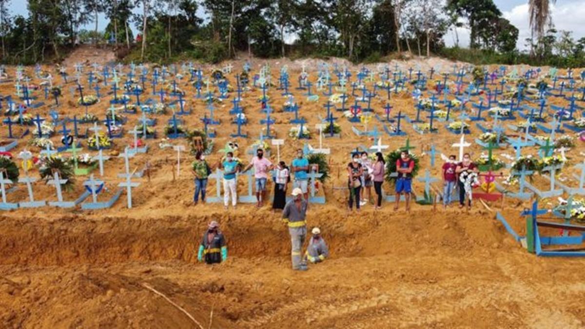 Brasil superó las 4.000 muertes diarias y rompió un nuevo récord