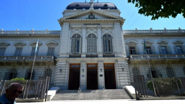 Justicia de La Plata rechaza amparo contra suspensión de clases presenciales