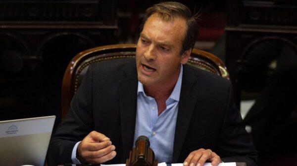 Martín Soria firmó un convenio para que los poderes judiciales accedan a datos personales