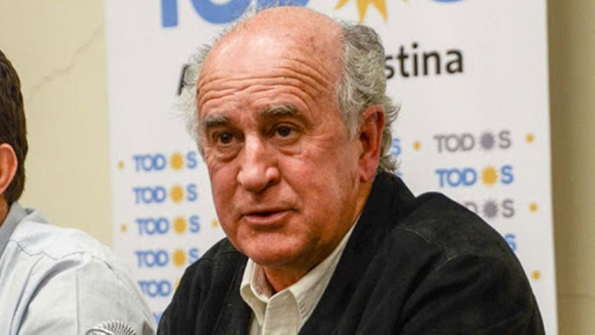 Oscar Parrilli acusó a Juntos por el Cambio de ser los responsables de la situación económica y les reclamó autocrítica