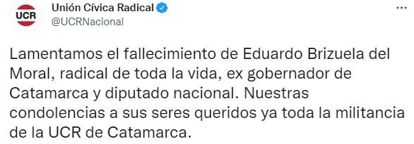 Referentes y compañeros de su partido lo despidieron en las redes. El gobernador provincial Raúl Jalil decretó tres días de duelo y ordenó suspender la campaña.